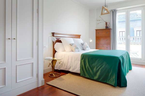 Garibay Terrace Apartment by FeelFree Rentals - фото 9