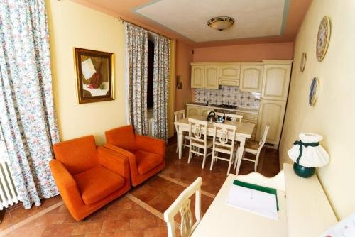 Residenze L'Uncinaia Holiday House - фото 3