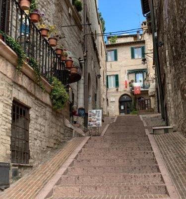 Assisi Piazza Apartments - фото 8