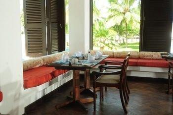 Jacaranda Indian Ocean Beach Resort - фото 9