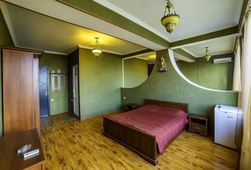 City Hotel, Телави