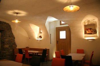 Ostello del Castello Tirano - фото 13