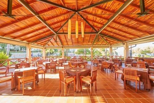 Blau Privilege PortoPetro Beach Resort & Spa. - фото 12