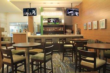 Hampton Inn by Hilton Villahermosa - фото 11