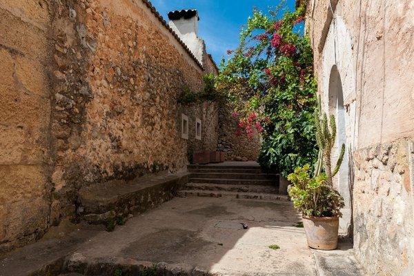 Montserrat - фото 17