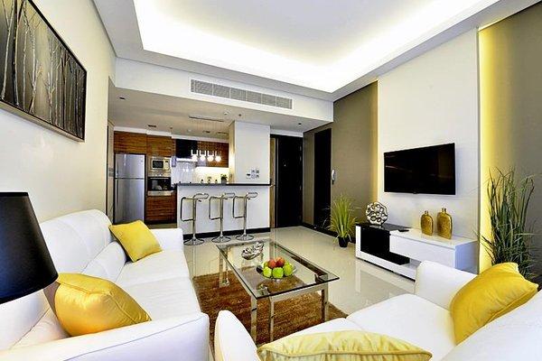 Al Yal Suites - Royal Ambassador - фото 0