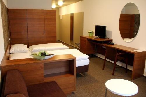 Hotel Iberia - фото 16