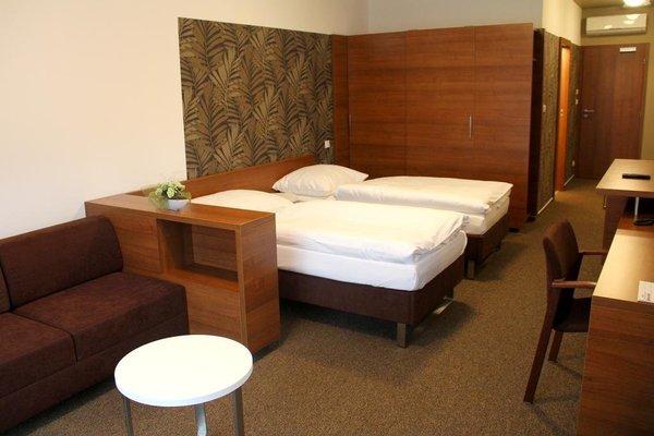 Hotel Iberia - фото 4