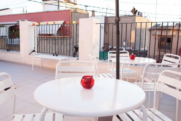 Hulot B&B Valencia - фото 21
