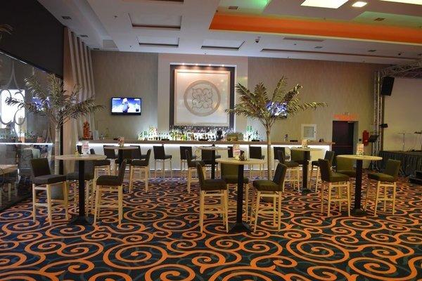 Platinum Casino & Hotel - фото 4