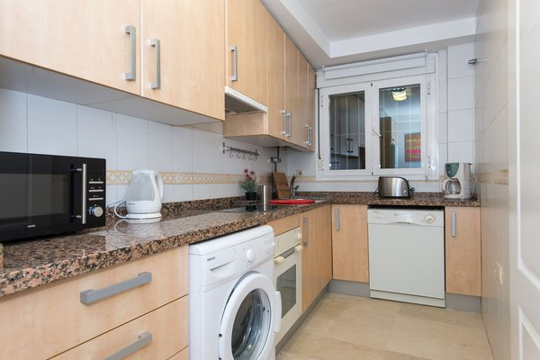 The Zentral Suites & Apartments - фото 14