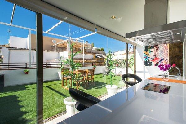 The Zentral Suites & Apartments - фото 18
