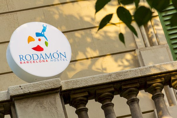 Rodamon Barcelona Hostel - фото 19