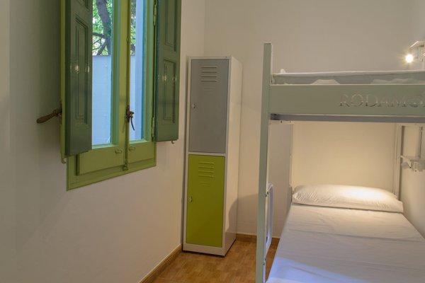 Rodamon Barcelona Hostel - фото 9