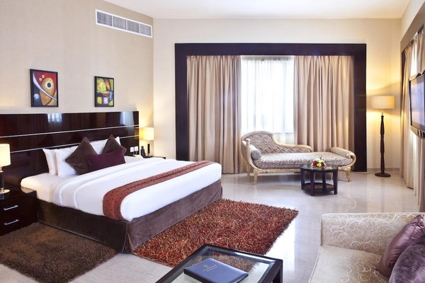Landmark Riqqa Hotel - фото 2