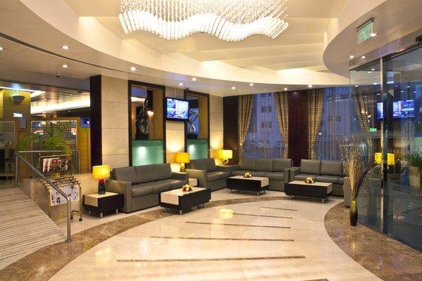 Landmark Riqqa Hotel - фото 3
