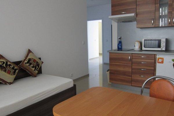 Madonna Apartments - фото 6