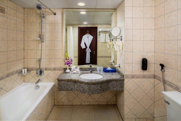 Savoy Crest Hotel Apartment - фото 9