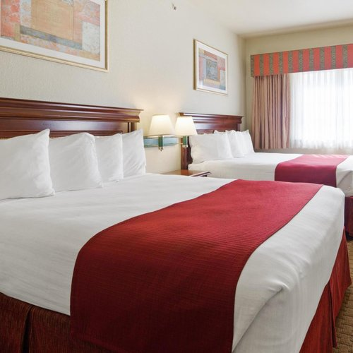 Photo of SureStay Plus Hotel by Best Western Quanah
