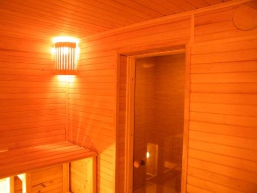 Guest House with Sauna at Shishkina - фото 16