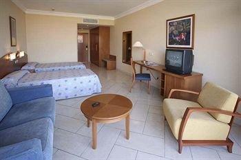 IFA Catarina Hotel - фото 4