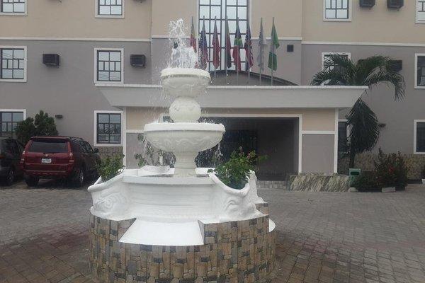 GrandVenice Hotel and Suites - фото 20