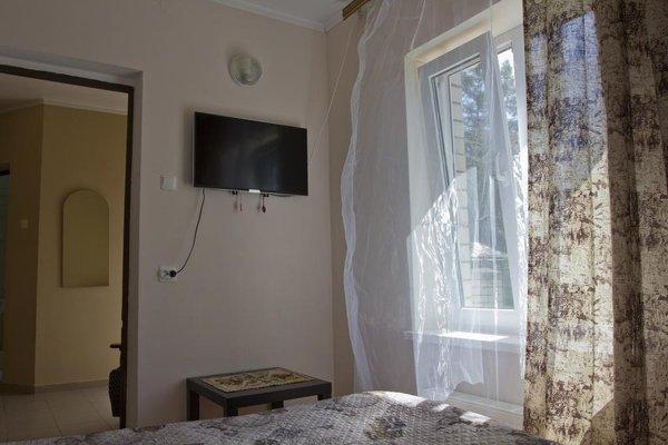 Orekhoviy Dvorik Guest House - фото 9