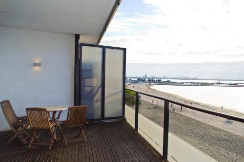Dharma Pirita Sea View Apartments - фото 15