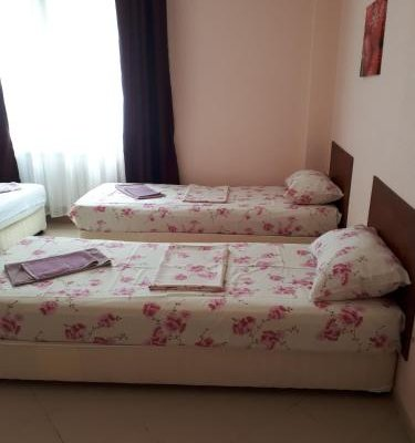 Guesthouse Lotos - фото 2