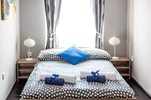 Grey Apartments - фото 2