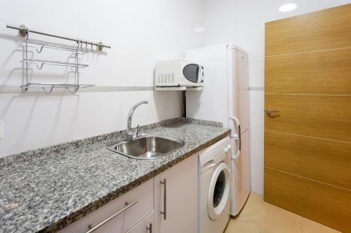 Apartamentos Diaber Alberto Lista - фото 12