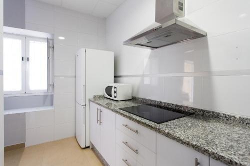 Apartamentos Diaber Alberto Lista - фото 13