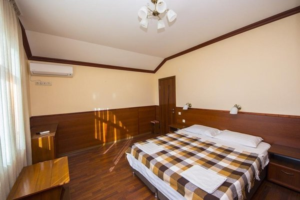 Semeiny Guest House - фото 5
