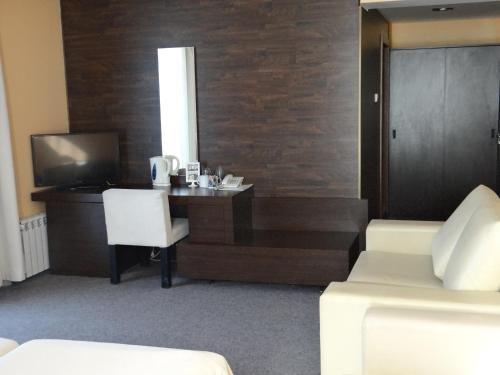 Отель Famyli Hotel Elitsa - фото 13