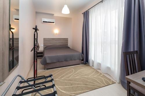 Abrikos Plus Guesthouse - фото 3