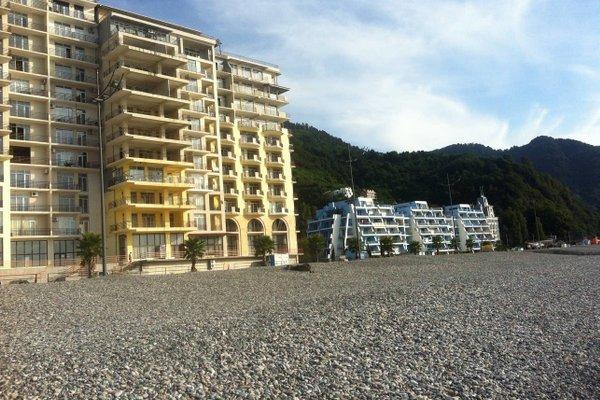 Apartment on the beach - фото 1