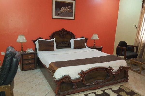 The Meridian Lodge, Бенин-Сити