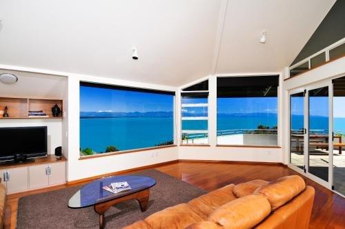 Sea Views Holiday Home - фото 4