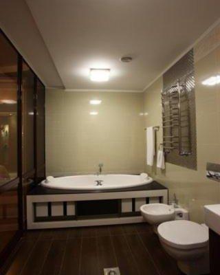 Prestige Hotel - фото 11