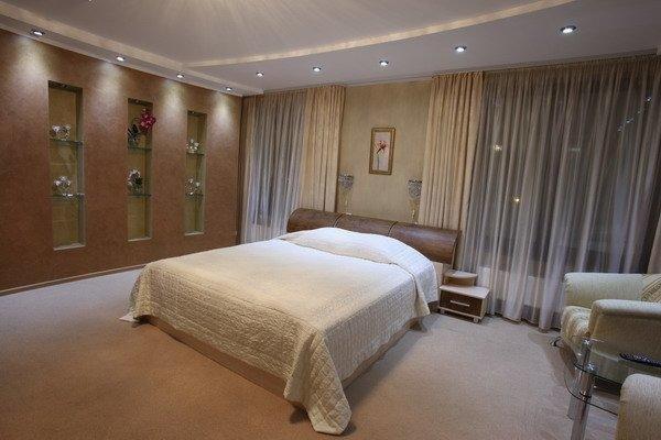 Prestige Hotel - фото 2