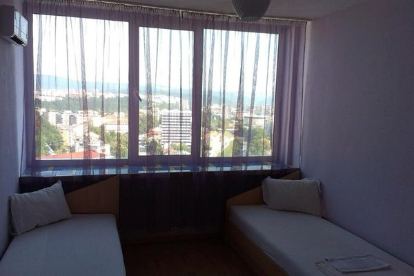 Gabrovo Rooms - фото 9