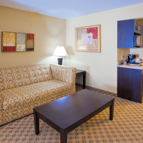 Photo of Holiday Inn Express Chestertown