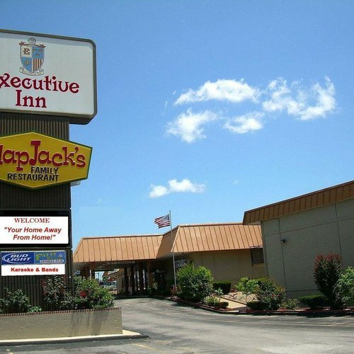 Photo of EXECUTIVE INN AND SUITES SPRINGDALE