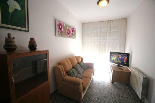 Near Maresme Forum Apartment - фото 4