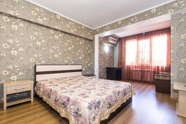 Apartment In The Center Of Sochi - фото 2