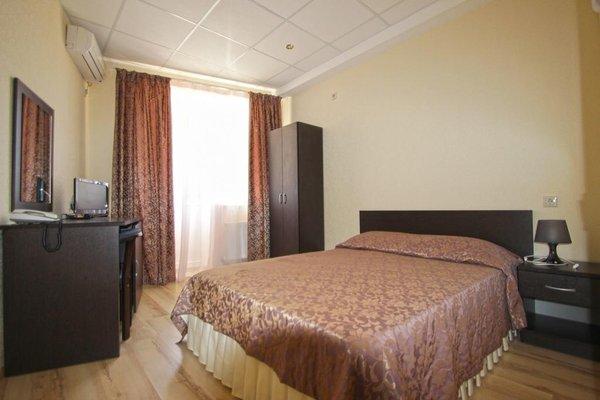 Отель Робинзон - фото 1