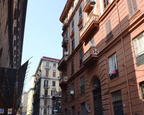 Le Piazze di Napoli Apartment - фото 1