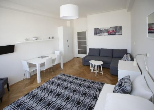 Casa Anna Apartment Opletalova - фото 17