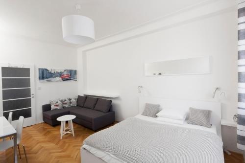 Casa Anna Apartment Opletalova - фото 2