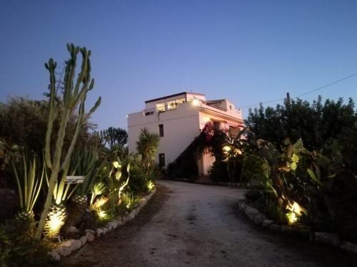 Surra Mediterranean Apartments - фото 9